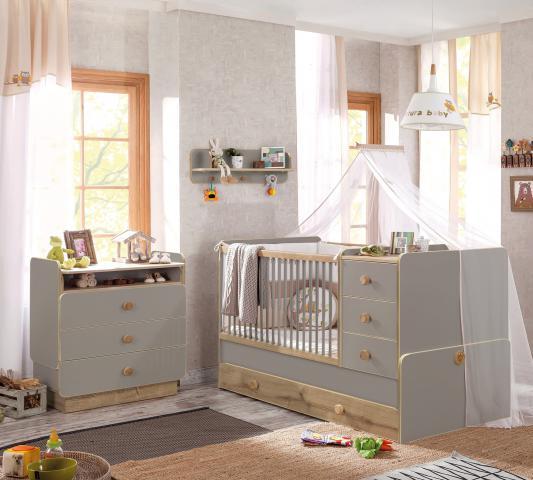 Babykamer Grijs babybed, meegroeibed, commode, wandschap