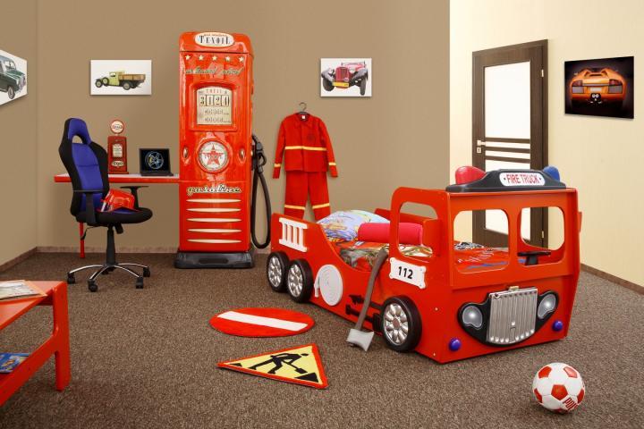 Brandweerauto bed voor de kinderkamer