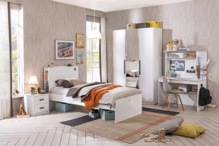 California tienerkamer wit bed, grote kledingkast, bureau & nachtkastje