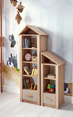 Cento boekenkast houtlook, grote en kleine boekenkast huisje met schappen en lade, inspiratie complete kinderkamer houtlook