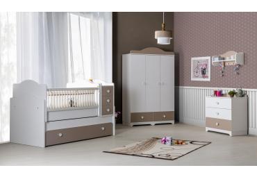 Babykamer latte bruin voor jongens