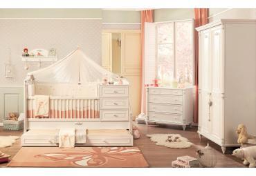 Romantic baby peuterkamer babykamer