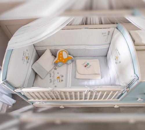 Babykamer blauw, stootkussen babykamer, kussen babykamer, stootkussen baby, babybed