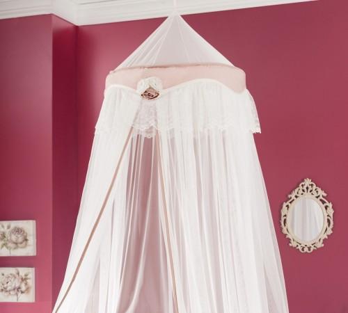 romantische meisjeskamer muskietennet klamboe muggenvanger roze kinderkamer meisjesbed