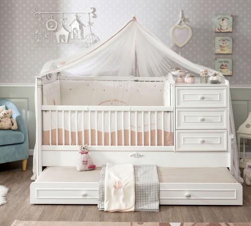 Romantic babybed peuterbed wit inspiratie babykamer