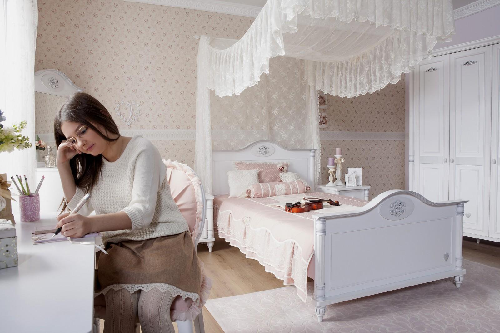 Romantic twijfelaar meisjes bed 200 x 140 specialist in kinderkamers