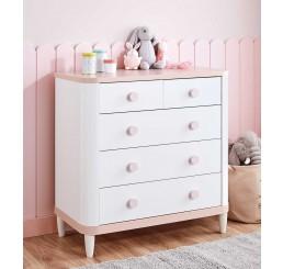 Femi commode wit roze babykamer